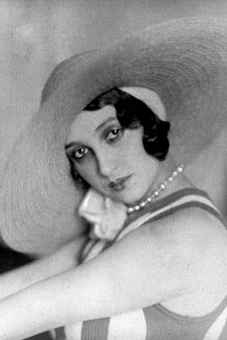 Beautiful hat design of the 1930s.