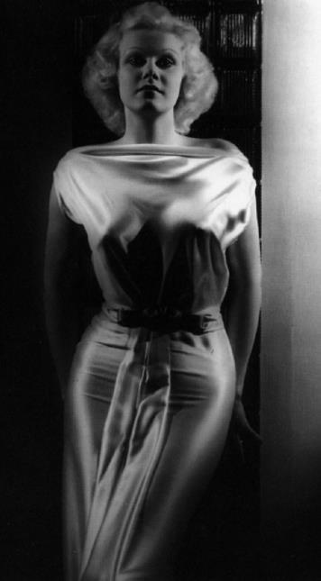 Screen star Jean Harlow.